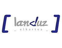 Identidad landuz, Comunidad de Desarrolladores