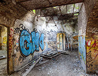 "Abandoned Fort ""La Chartreuse"""