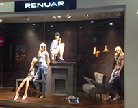 Winter window display for RENUAR