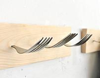 Colgaropas de tenedores y cucharas