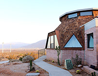 Palm Springs: Dome House