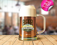 FREE BEER CUP MOCK-UP IN PSD