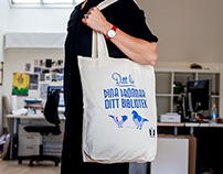 Cloth bag for a public library