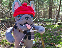 Frenchie Backpacker