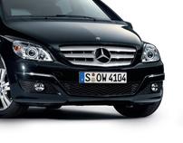 Mercedes Benz Magazine No 14