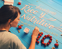 Yogurísimo Yogurt Lettering