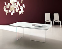 Extandable Glas Table and Desk