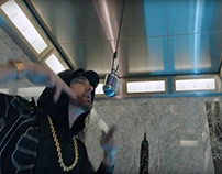 "Eminem Performs ""Venom"" Empire State Building"