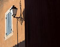 """""""... e um par de rodas"""" - Roussillon"""