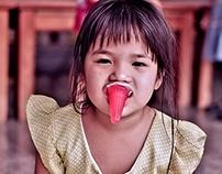 Le petit clown de Wat Intharawihan - Bangkok
