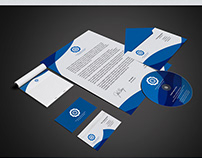 Download Free Stationery Mockup / PSD