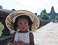 CAMBODIAN PORTRAITS •• Photography, Report