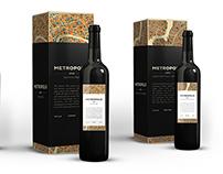 METROPOLIS wine bottle labels and packaging