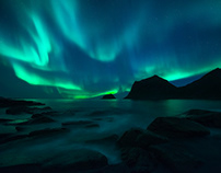 The Lady in Green - A Visual of the Arctic Night
