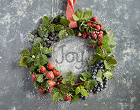 Driscoll's Holiday and Berry Wreath