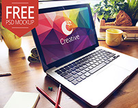 Free Macbook PSD Mockup Creative