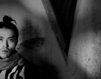 V: EL VÉRTICE OSCURO / THE SHOWROOM MAG