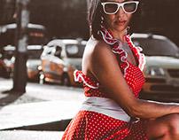 Textual Vestido rojo puntos blancos