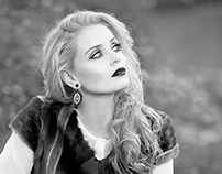 Book Model Monica Lima