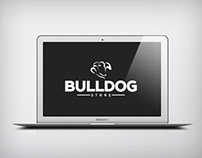 Bulldog Store ● 2015