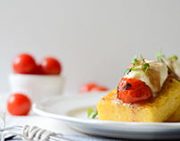 Food photography/Polenta with tomatoes and cheese