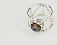 stone setting - silver labradorite geometric ring