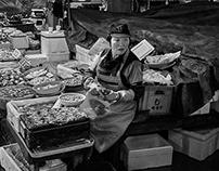 The Wonderful Women of Seoul's Fish Market