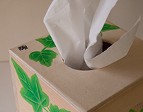 Tissue box with ivy