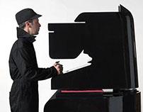 "Afiche del diseñador ""Noma Bar"""