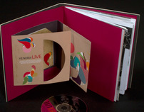 Edition : Biographic Jimi Hendrix book and packing CD