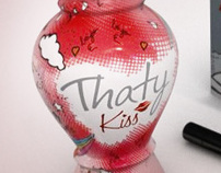 THATY KISS PACKAGING • ESPECIAL EDITION
