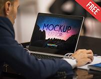 Laptop – Free PSD Mockup