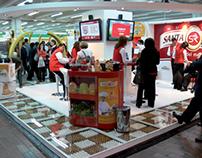 Santa Reyes (Stand)