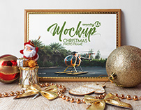 Free Christmas Photo Frame MockUp in 4k