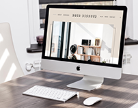 """""""Gold Blogger"""" Squarespace Template"""