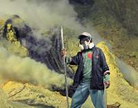 Looking for Working Men - Kawah Ijen