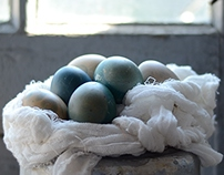 Food photography/Blue Easter eggs