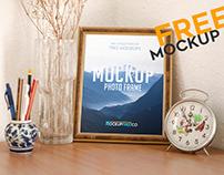 Photo Frame – Free PSD Mockup
