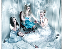 VINTAGE WINTER FASHIONED ICE QUEENS IN LOVE