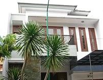 Arsitektur Rumah Tropis di Grahafamily PP Surabaya