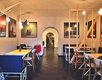 Restaurant Indoor/Outdoor / photos