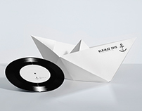 THE SWINGING PAPER BOAT.