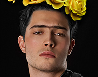 Francisco Lachowski is Frida