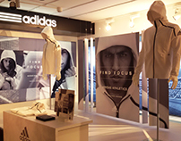 Escaparate Adidas Athletics en Intersport Rambla