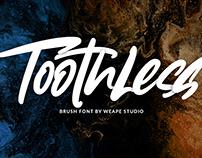 Toothless – Brush Font