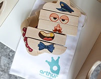 Arthur and Friends wooden puzzle toys