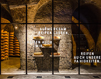 Anton macht Ke:s Cheese Cellar