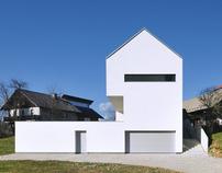 HOUSE SUHA