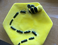 Finished bee plate