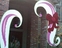 DUSSIN HOUSE: Dr. Suess Holiday Decor